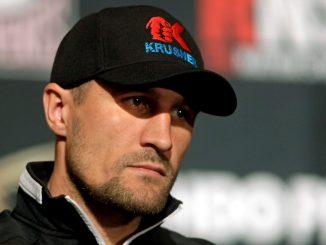 Sergey Kovalev a WBO félnehézsúlyú világbajnoka.