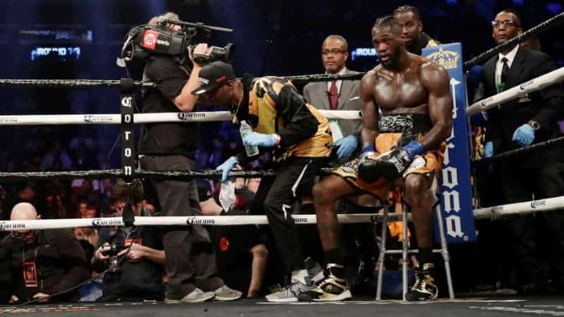 Wilder marad a Showtime-on.