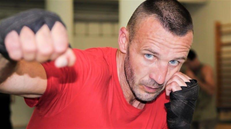 Kelemen Balázs korábbi nagyközépsúlyú magyar bajnok és WBO/WBF/UBO Nemzetközi bajnok.
