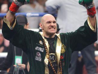 Tyson Fury korábbi nehézsúlyú világbajnok ökölvívó.